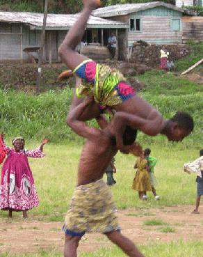 Traditional Wresting Tournament in Bonakanda, Buea (c) @Lagguingla