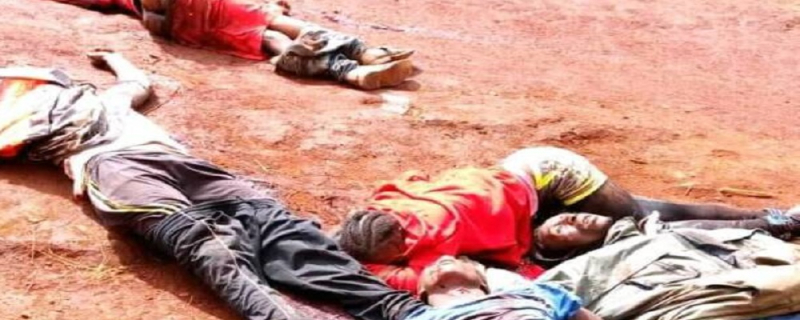 Massacre in Menka-Pinyin