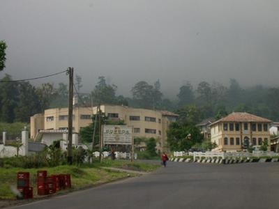 Policestationbueajan2004